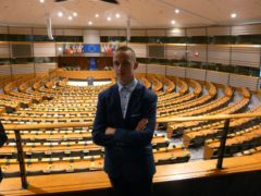 Parlament E1